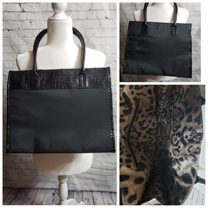 Handbags - 🌷Black Tote Bag with Faux Leather Trim NWOT